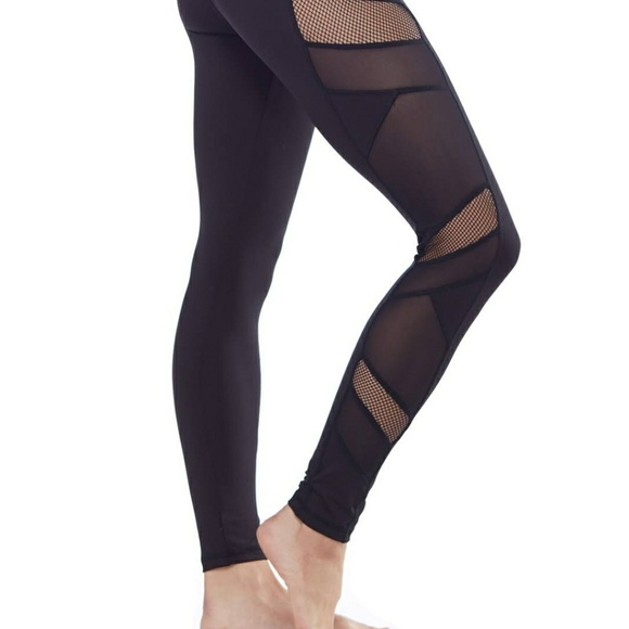 f545628bd29cb Electric Yoga side mesh leggings. Electric Yoga.  M_5ab4151bfcdc31b314182878. M_5ab4151d739d482088e1a1c6.  M_5ab4151ffcdc31c23e182895